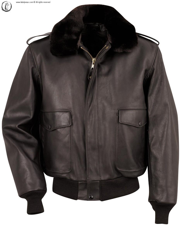 Кожаная куртка - это надежная защита от дождей, сильного ветра, а также важный элемент стиля.