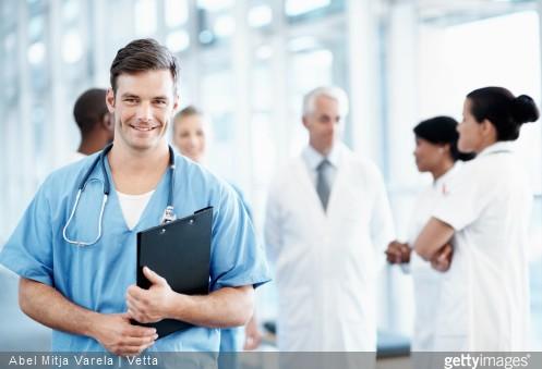 Devenir infirmier : pourquoi pas ?