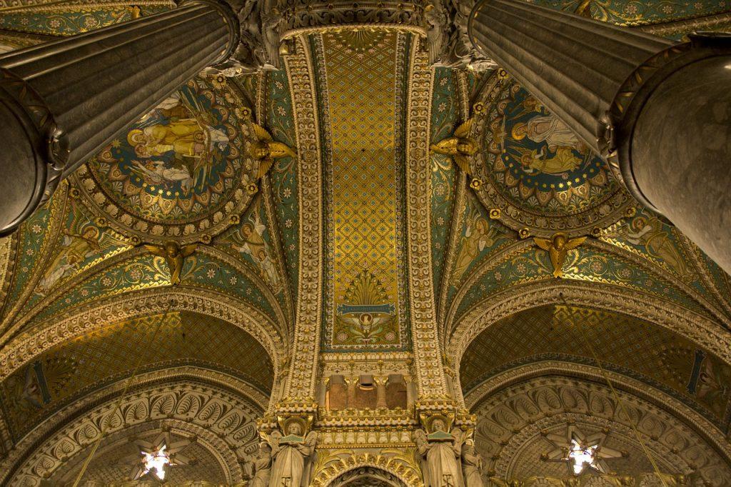 interieur basilique fourviere lyon