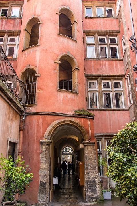 vieux lyon tour florentine