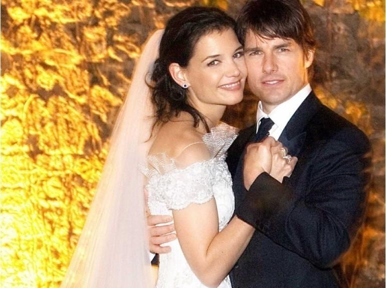 le costume de mariage de tom cruise avec Katie Holmes