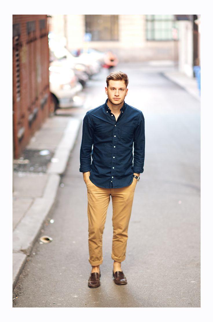 pantalon mustard avec chemise en jean