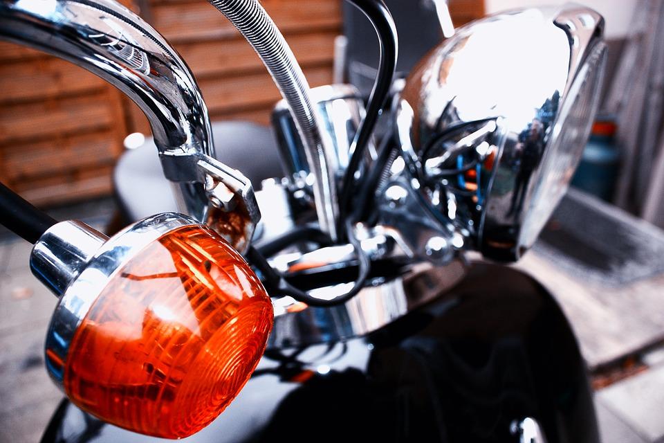 assurance moto-clignotant